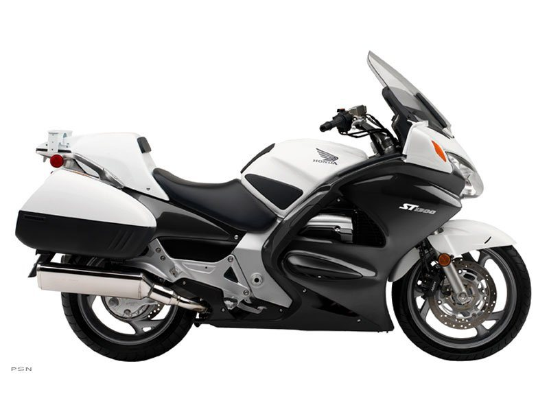 2013 Honda ST1300P ABS in Warren, Michigan