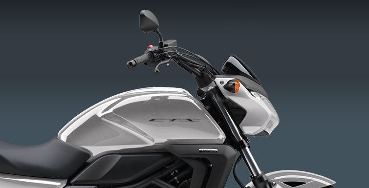 2015 Honda CTX®700N in Carroll, Ohio - Photo 4
