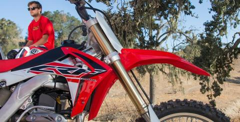 2015 Honda CRF®250R in Hicksville, New York - Photo 14