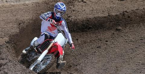 2015 Honda CRF®450R in Hicksville, New York - Photo 9
