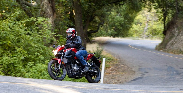 2015 Honda CB300F in Hicksville, New York - Photo 9