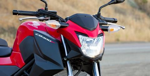2015 Honda CB300F in Crystal Lake, Illinois - Photo 15