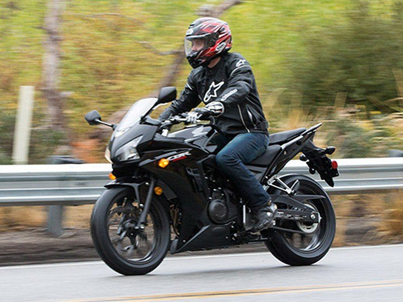 2015 Honda CBR®500R ABS in Shelby, North Carolina - Photo 2