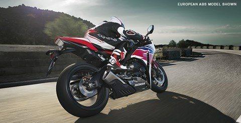 2015 Honda CBR®1000RR in Shelby, North Carolina - Photo 3