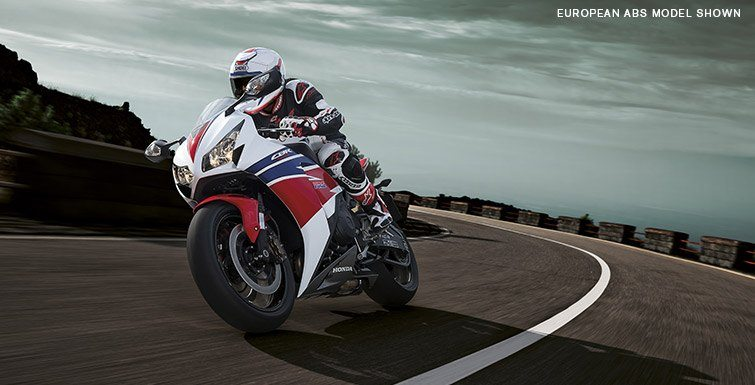 2015 Honda CBR®1000RR in Shelby, North Carolina - Photo 4
