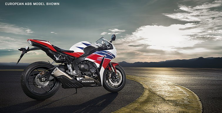 2015 Honda CBR®1000RR in Norfolk, Virginia - Photo 5