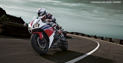 2015 Honda CBR®1000RR SP in Aurora, Illinois - Photo 6