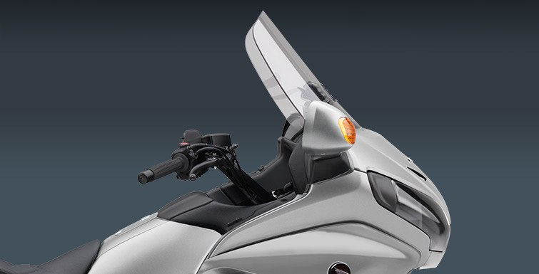 2015 Honda Gold Wing® Airbag in North Reading, Massachusetts