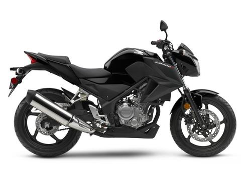 2016 Honda CB300F in Hendersonville, North Carolina