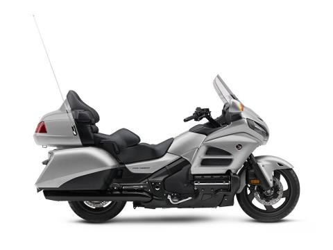 2016 Honda Gold Wing Audio Comfort in North Reading, Massachusetts