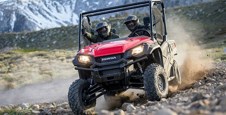 2016 Honda Pioneer 1000 in Visalia, California