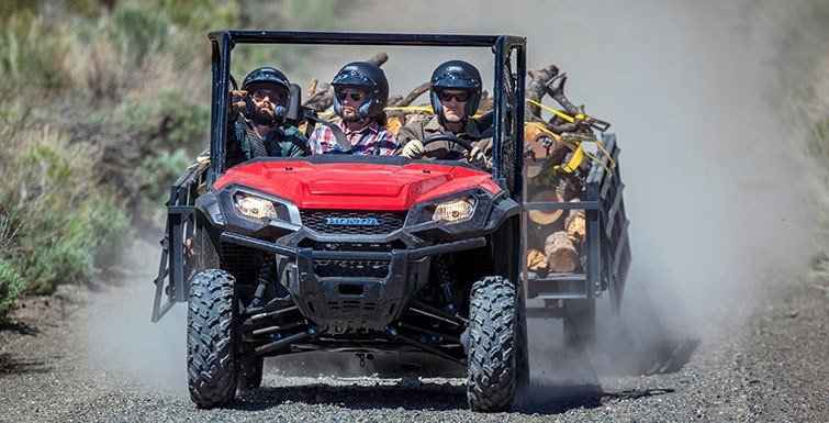 2016 Honda Pioneer 1000 in North Reading, Massachusetts