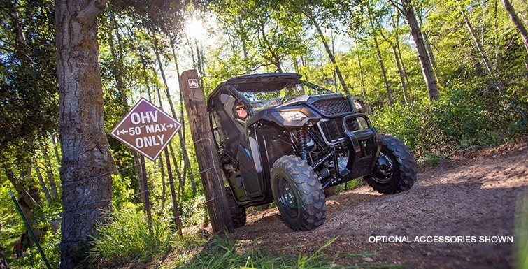 2016 Honda Pioneer 500 in Lapeer, Michigan