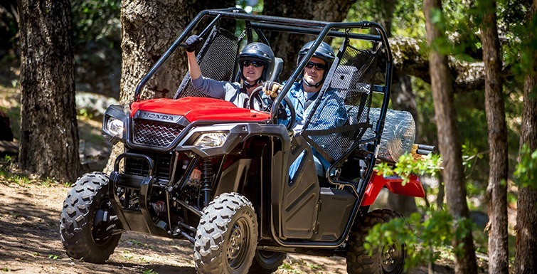 2016 Honda Pioneer 500 in Aurora, Illinois