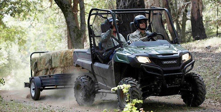 2016 Honda Pioneer 700 in North Reading, Massachusetts - Photo 12