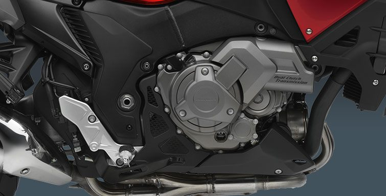 2017 Honda VFR1200X DCT in Hendersonville, North Carolina
