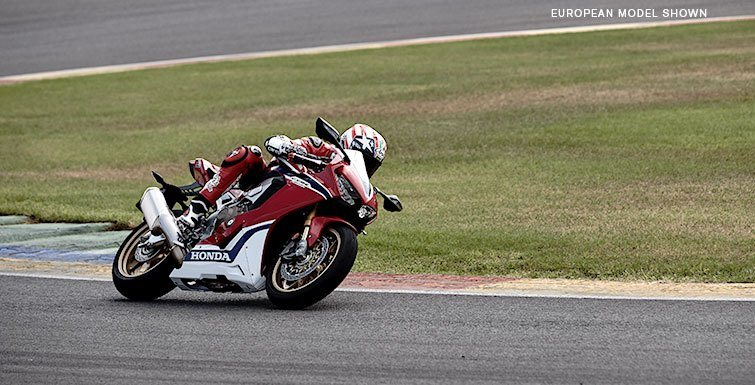 2017 Honda CBR1000RR SP2 in Norfolk, Virginia - Photo 4