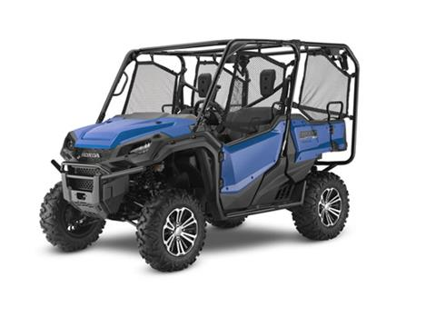 2017 Honda Pioneer 1000-5 Deluxe in Chesterfield, Missouri