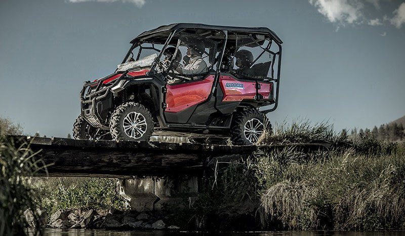 2017 Honda Pioneer 1000-5 Deluxe in Fort Pierce, Florida