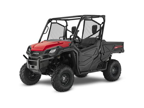 2017 Honda Pioneer 1000 in Hamburg, New York