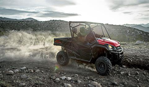 2017 Honda Pioneer 1000 EPS in Phillipston, Massachusetts