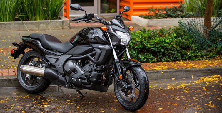 2018 Honda CTX700N DCT in Orange, California