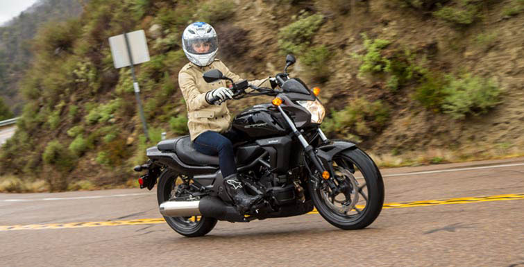 2018 Honda CTX700N DCT in Grass Valley, California