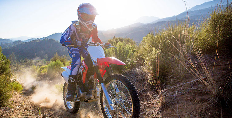 2018 Honda CRF125F (Big Wheel) in Madera, California - Photo 2