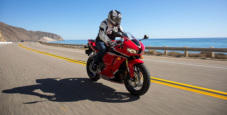 2018 Honda CBR600RR in Bakersfield, California