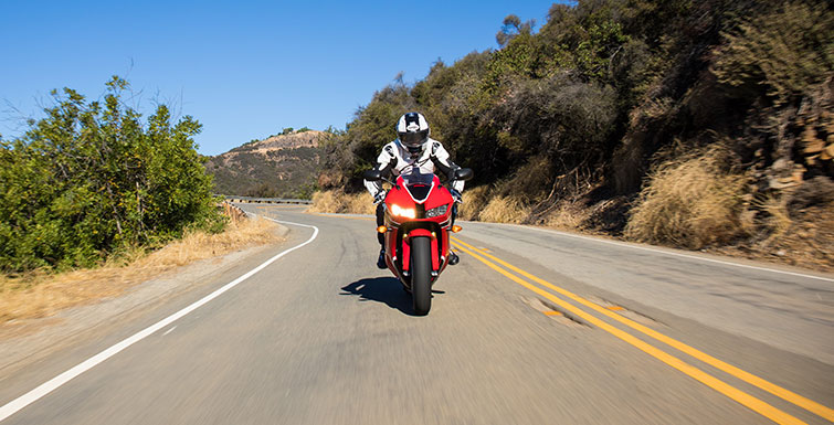 2018 Honda CBR600RR ABS in Grass Valley, California - Photo 3