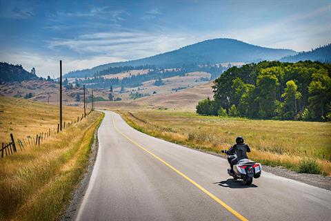 2018 Honda Gold Wing DCT in Madera, California - Photo 9