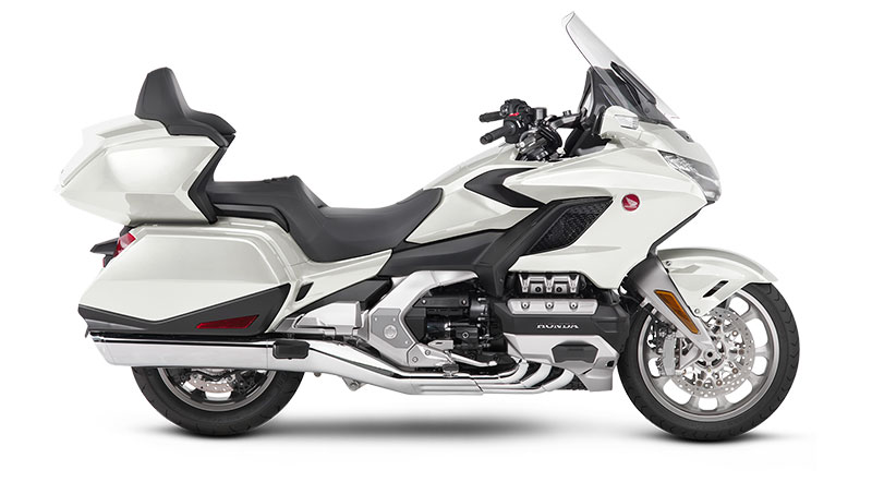 2018 Honda Gold Wing Tour DCT in Gridley, California