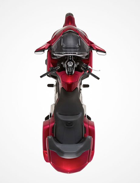 2018 Honda Gold Wing Tour Automatic DCT in Adams, Massachusetts