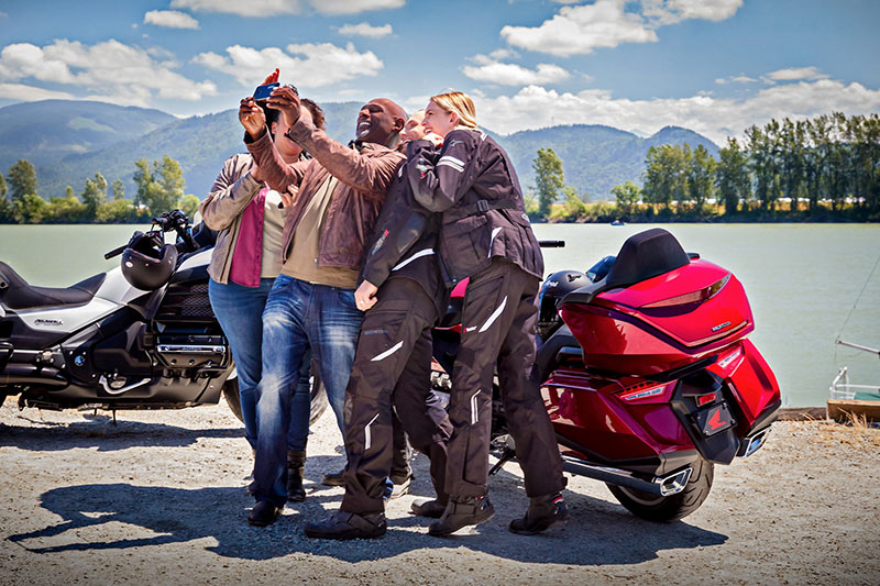 2018 Honda Gold Wing Tour DCT in Hollister, California