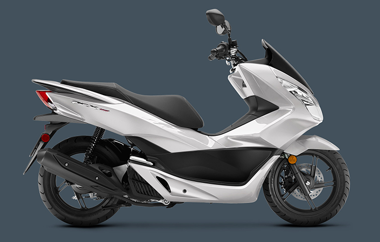 2018 Honda PCX150 in Goleta, California