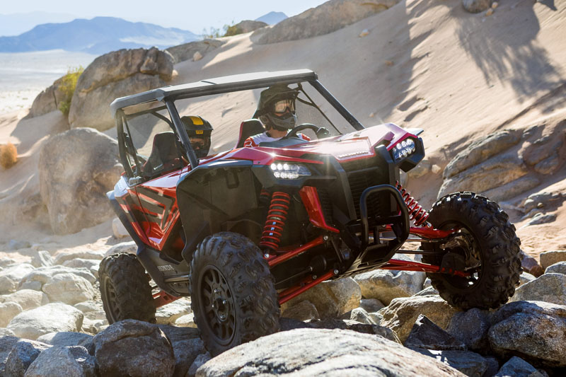 2019 Honda Talon 1000R in Lewiston, Maine - Photo 11
