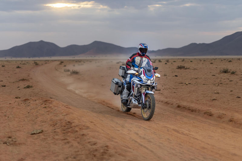 2020 Honda Africa Twin Adventure Sports ES DCT in Aurora, Illinois - Photo 9