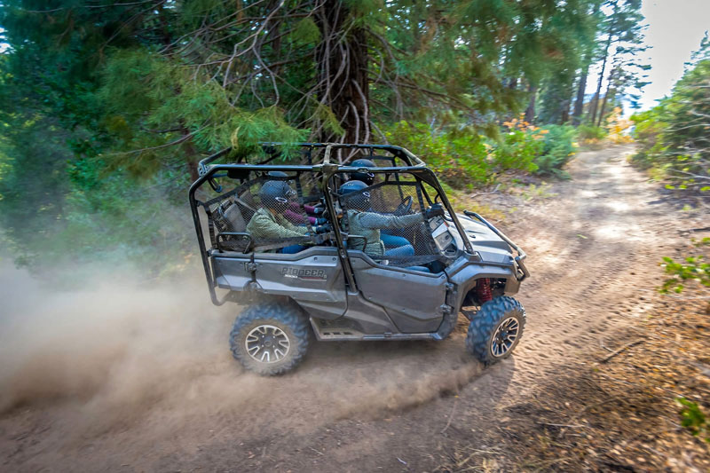 2020 Honda Pioneer 1000-5 Deluxe in Madera, California - Photo 3