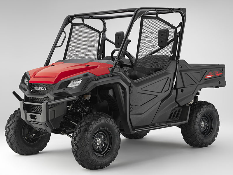 2020 Honda Pioneer 1000 in Newport, Maine