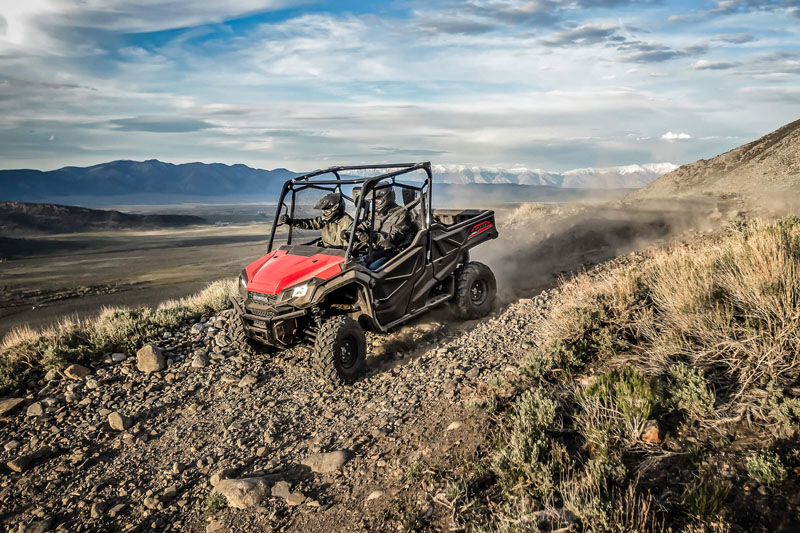 2020 Honda Pioneer 1000 Deluxe in New Strawn, Kansas - Photo 3