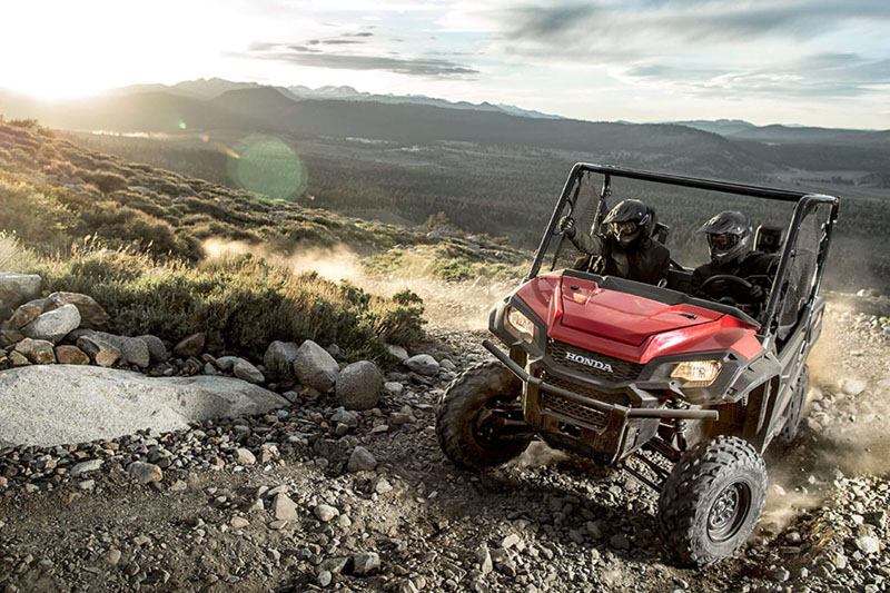 2020 Honda Pioneer 1000 Deluxe in New Strawn, Kansas - Photo 6