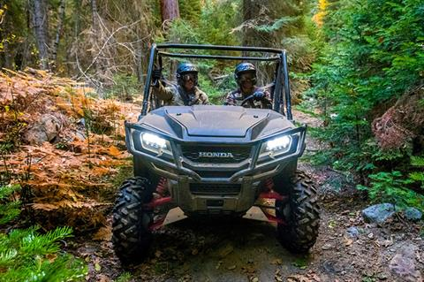 2020 Honda Pioneer 1000 Deluxe in West Bridgewater, Massachusetts - Photo 7