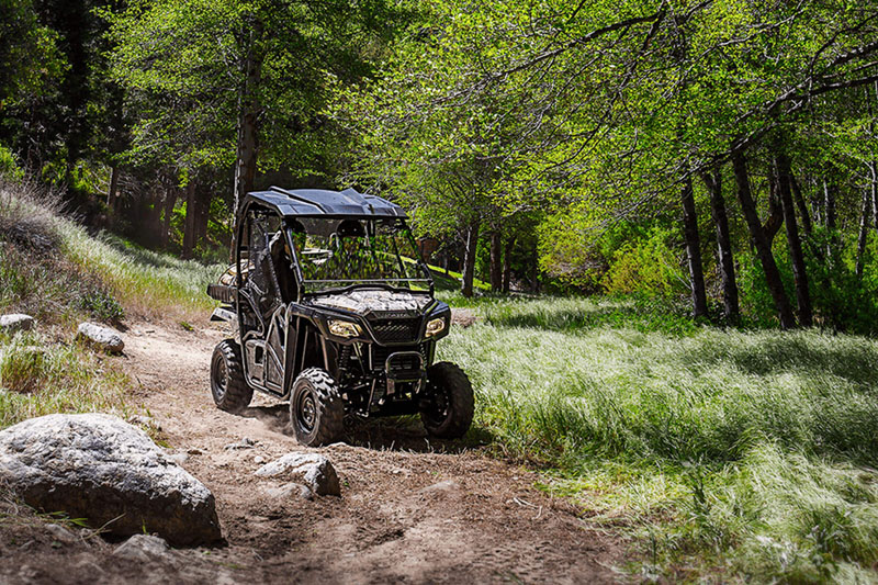 2020 Honda Pioneer 500 in Lapeer, Michigan - Photo 9