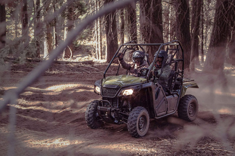 2020 Honda Pioneer 500 in Lincoln, Maine - Photo 5
