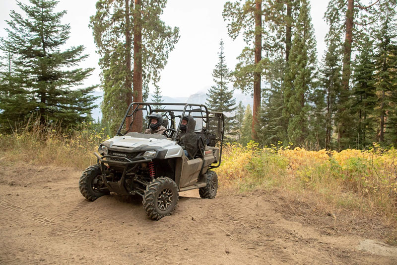 2020 Honda Pioneer 700-4 Deluxe in Crystal Lake, Illinois - Photo 2