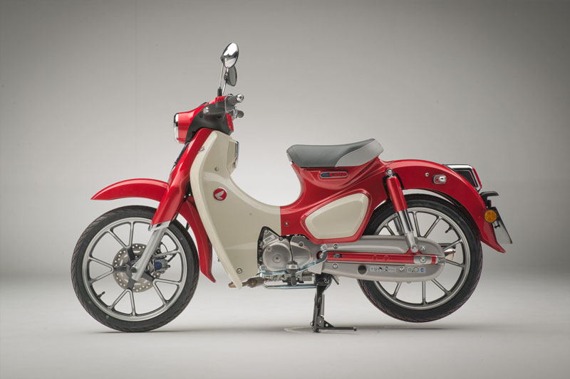 2021 Honda Super Cub C125 ABS in Danbury, Connecticut - Photo 2