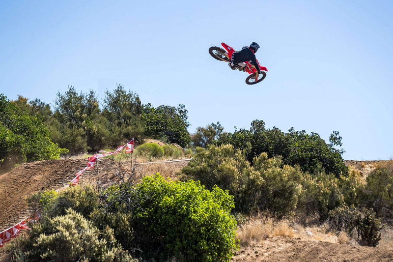 2021 Honda CRF450R in Corona, California - Photo 2