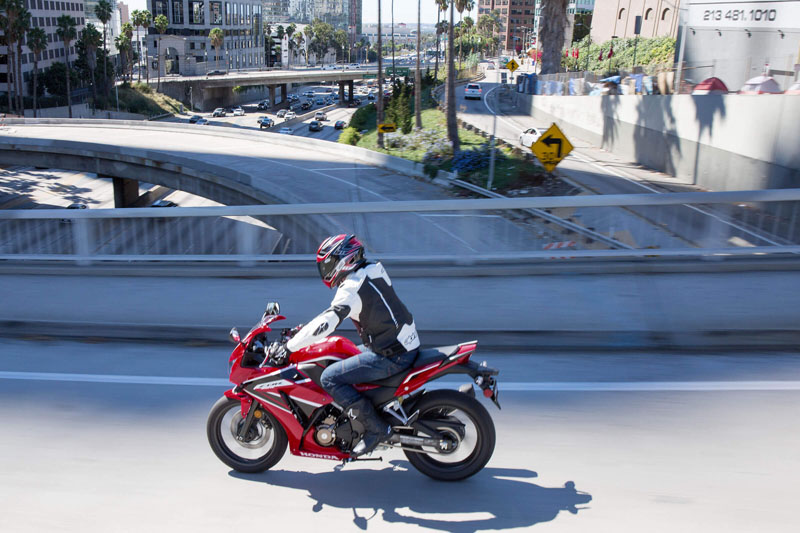 2021 Honda CBR300R ABS in Visalia, California - Photo 4