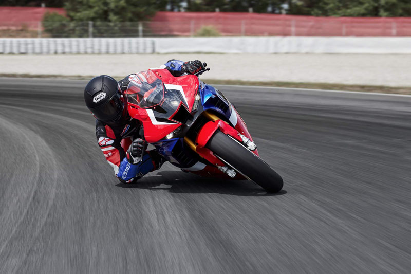 2021 Honda CBR1000RR-R Fireblade SP in Elk Grove, California - Photo 3