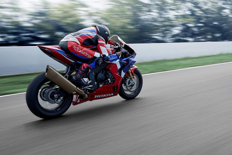 2021 Honda CBR1000RR-R Fireblade SP in Monroe, Michigan - Photo 4
